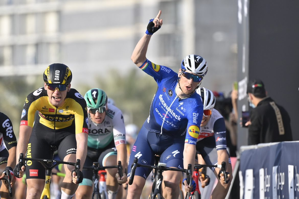 Sam Bennett wins Stage 4, the Hope Probe Stage, of the UAE Tour