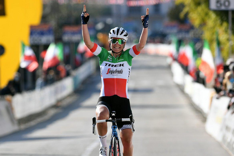 Elisa Longo Borghini solos to the win in Trofeo Alfredo Binda