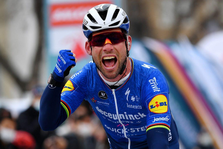 Mark Cavendish back to winning ways