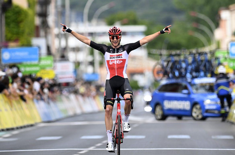 Impressive Brent Van Moer soloes to maiden pro victory at Critérium du Dauphiné