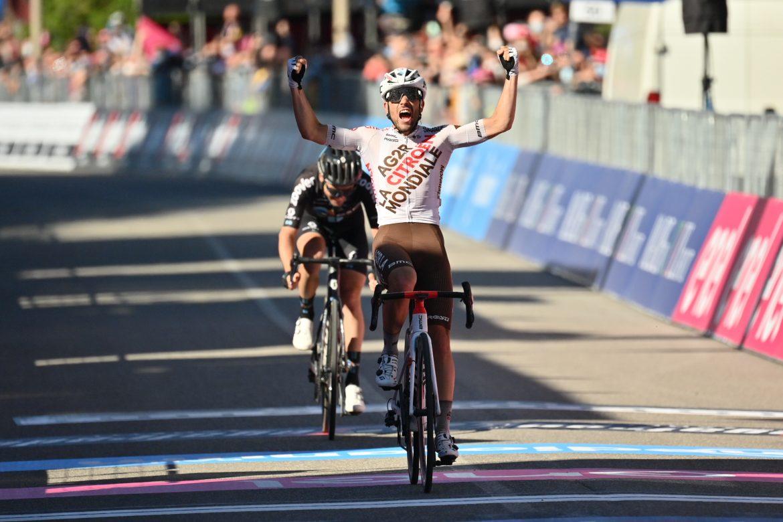 Andrea Vendrame wins stage 12 of the Giro d'Italia, Egan Bernal retains the Maglia Rosa