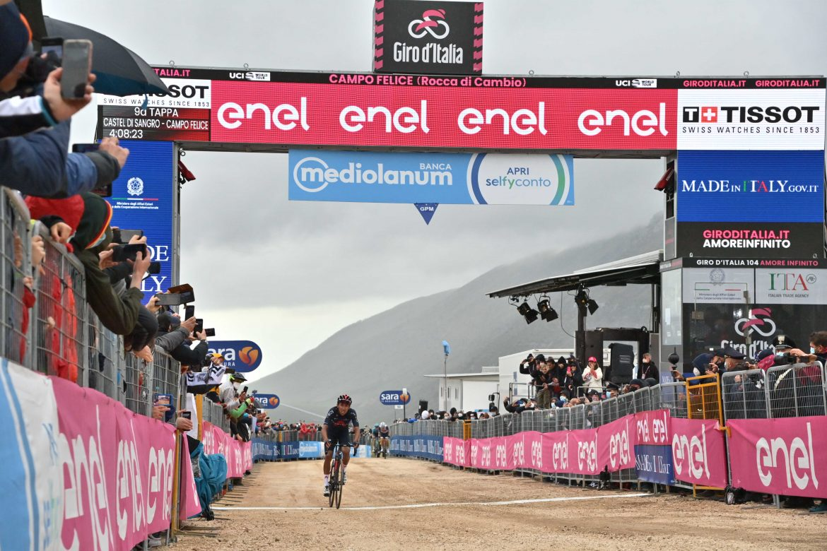 Egan Bernal wins stage 9 of the Giro d'Italia and is the new Maglia Rosa