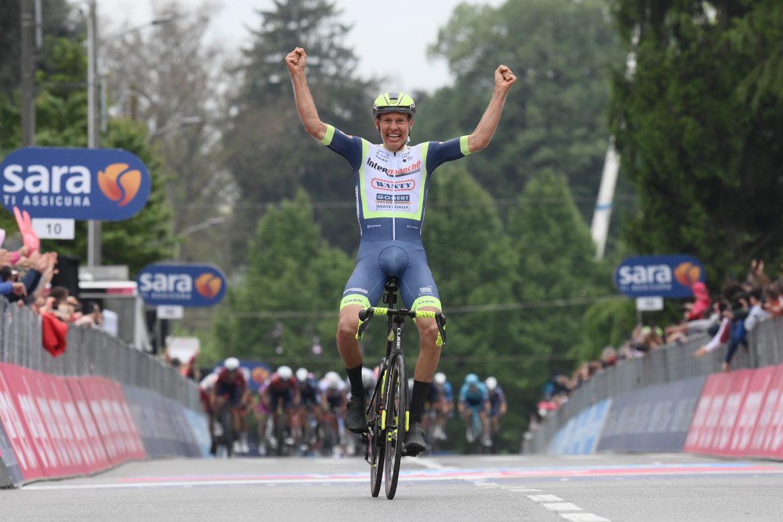 Taco van der Hoorn wins Stage 3 of the Giro d'Italie