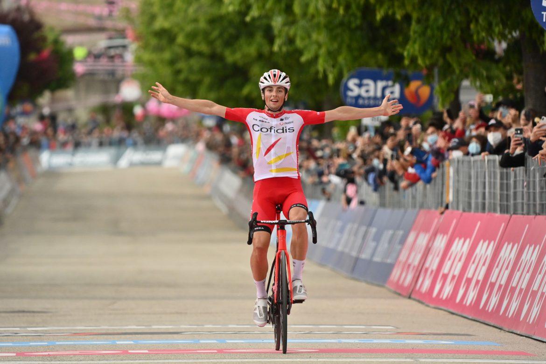 Victor Lafay wins stage 8 of the Giro d'Italia, Attila Valter retains the Maglia Rosa
