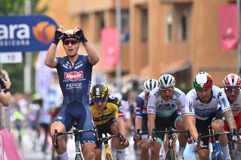 Tim Melier Wins Stage 2 Ot The Giro d'Italia