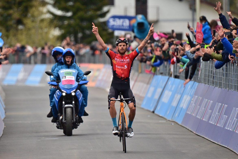 Damiano Caruso wins stage 20 of the Giro d'Italia, Egan Bernal retains the Maglia Rosa