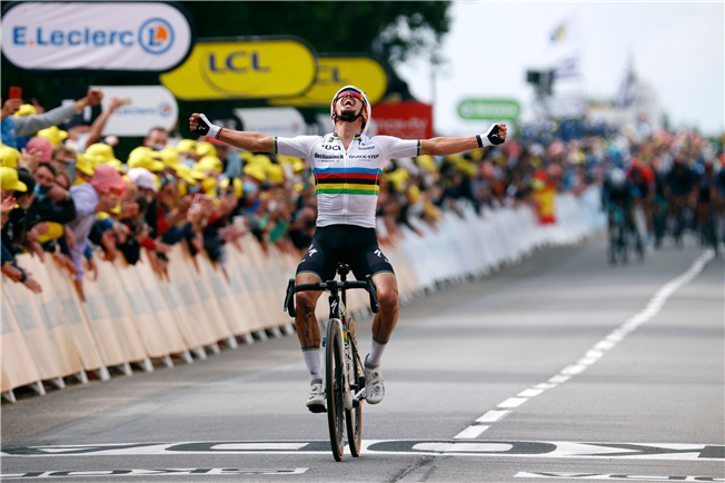 Tour de France: Alaphilippe swaps rainbow for yellow on opening day