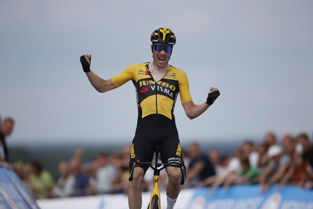 Roosen to Dutch title with powerful solo effort