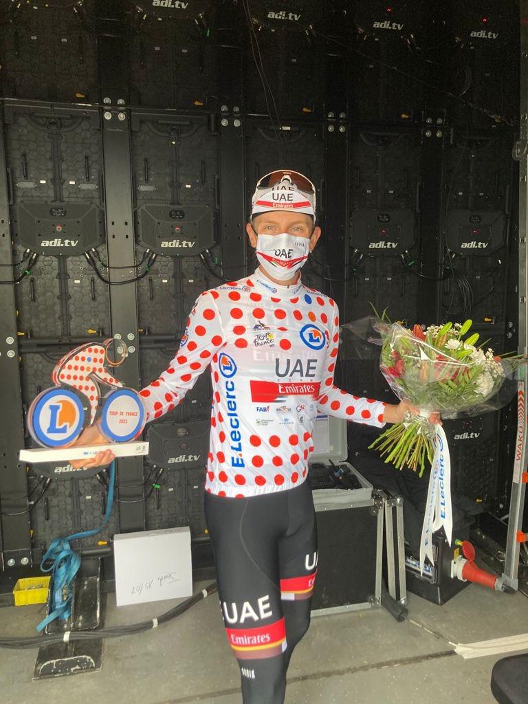 Pogačar makes Tour history on Luz Ardinen