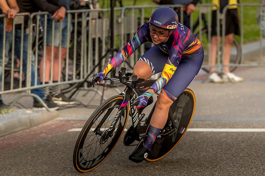 Lisa Klein wins Utrecht prologue