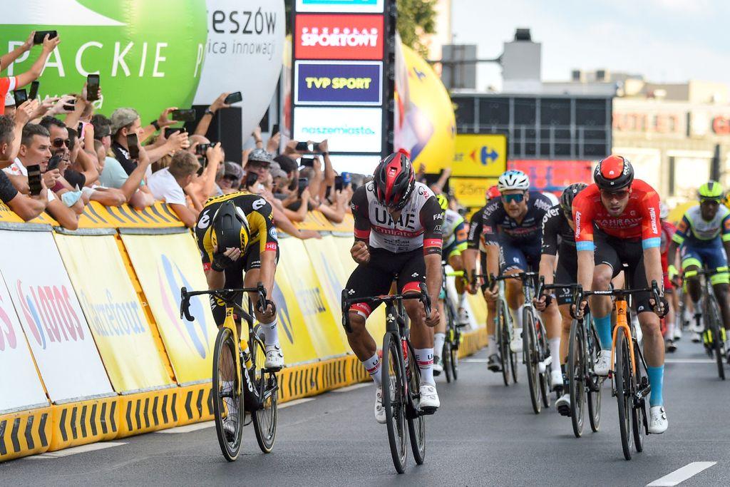 Fernando Gaviria is back to victory in Rzeszow