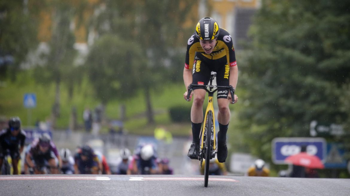 Markus solos to victory in second stage Ladies Tour of Norway