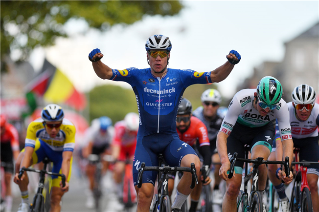 Fabio Jakobsen wins Eurométropole Tour