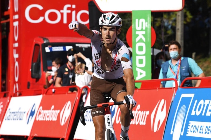 Clément Champoussin wins the 20th stage of the Vuelta a Espana