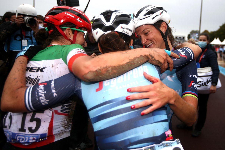 Lizzie Deignan makes history in Paris-Roubaix Femmes