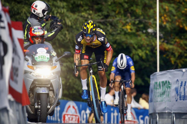 Roglic wins Giro dell'Emilia for second time after titanic struggle