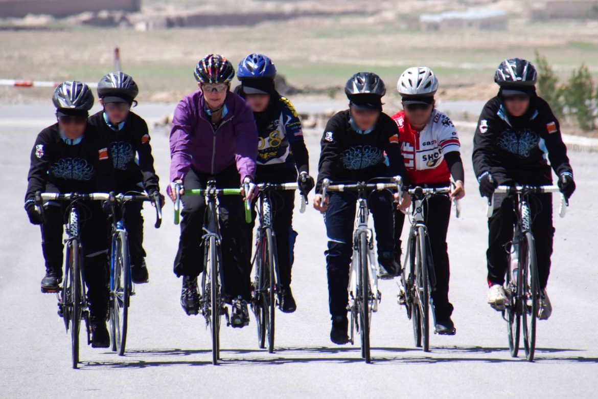 The UCI supports Afghan cycling community and helps with the evacuation of 165 refugees