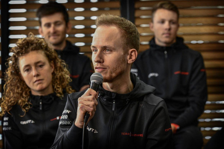 Ambitious Reef gets seat in Team Jumbo-Visma team car